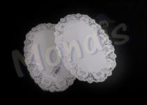 Blonda ovalada calado lito de 24 x 37 cm,indicada para emplatar y decorar. Caja con 20 paquetes de 250 blondas.  Paquete de 250 blondas.