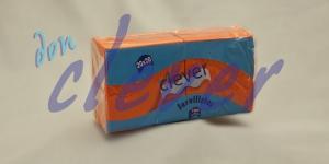 Servilleta de color naranja 20x20 de 2 capas, en calidad tissue microgofrada. Indicada para desayunos, meriendas, posavasos, cóctel,etc. Caja de 28 paquetes de 100 servilletas.