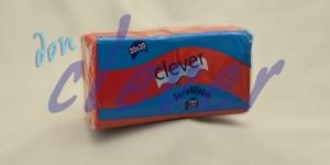 Servilleta de color rojo 20x20 de 2 capas, en calidad tissue microgofrada. Indicada para desayunos, meriendas, posavasos, cóctel,etc. Caja de 28 paquetes de 100 servilletas.