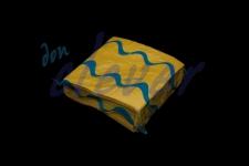 Servilleta para comedor de color amarillo 40x40 de 2 capas, calidad tissue. Caja de 16 paquetes de 50 servilletas.